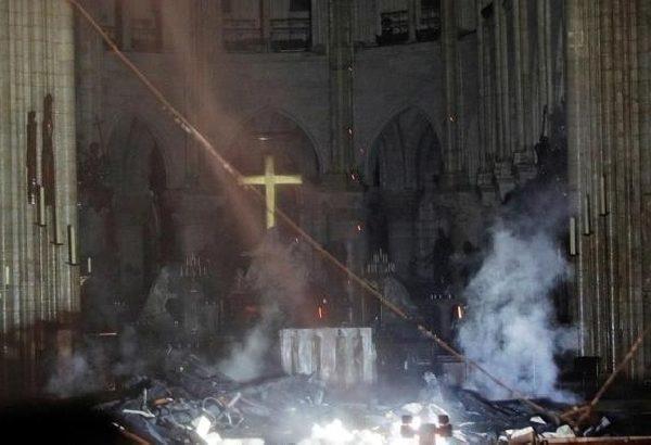 Notre Dame, la reazione degli italiani