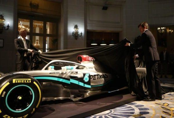La nuova Mercedes con un tocco di Rosso