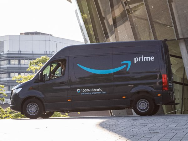 Amazon investe per la sostenibilità ambientale